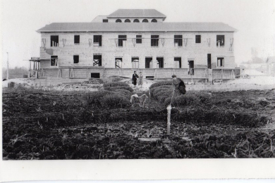 Beverly Shores Hotel under construction